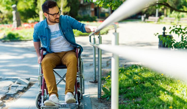 Seguro de vida com cobertura para invalidez.